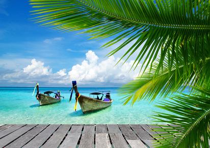 Traumstrand mit Booten