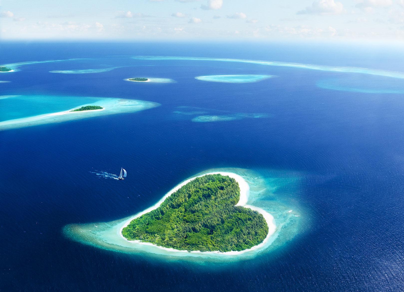 7 tage all inclusive auf den malediven im 4 resort mit flug zug transfer f r nur. Black Bedroom Furniture Sets. Home Design Ideas