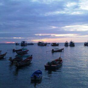 14 Tage Phuket inkl. Frühstück & gutem Hotel für 820 €, 16 Tage für 865 € Anfang September