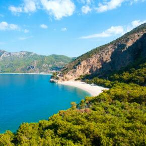 Nur 62 € für 8 Tage Türkische Riviera mit Flug, Hotel, Transfer & Frühstück (HP + 15 €)