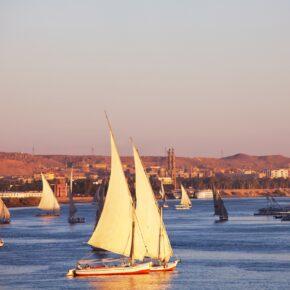 1 Woche Nilkreuzfahrt auf 5* Schiff mit Vollpension, Flug & Transfer nur 183€
