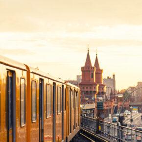 1. Mai in Berlin - 3 Tage mit sehr gutem 4* Hotel & Bahnfahrt für nur 144 €