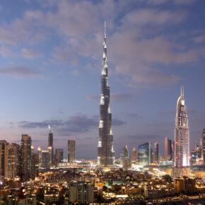 5 Tage VAE im 4* Hilton Hotel nur 408 € mit Emirates Flug und Transfer