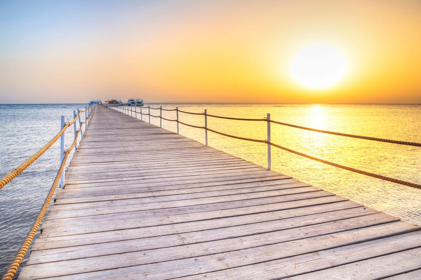Strand mit Pier