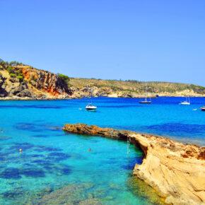 1 Woche Ibiza im 3* Hotel mit Flug, Transfer & Zug nur 199 €