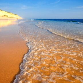 Frühbucher: 7 Tage Algarve mit Zug, Flug, Transfer & 3* Hotel nur 157 €