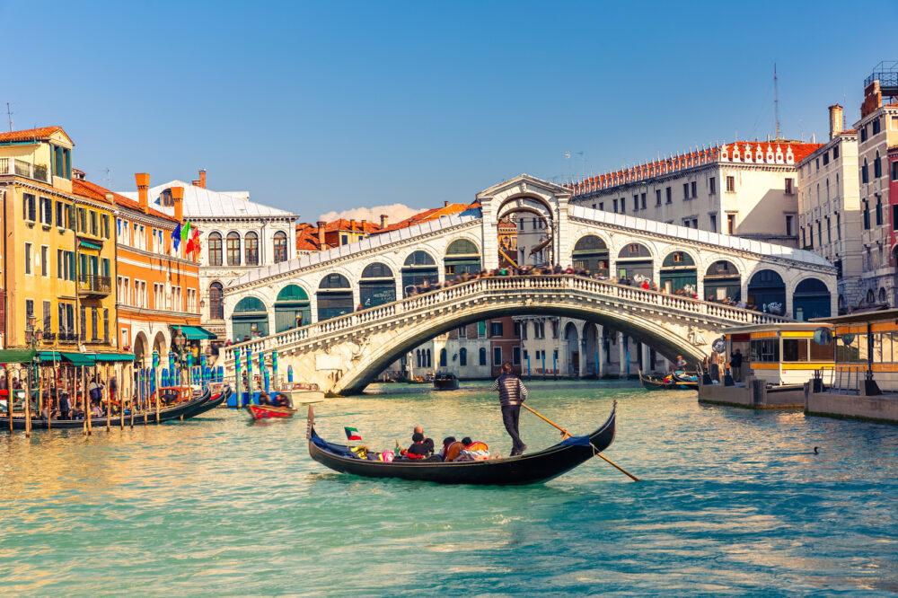 Rialto Bridge in Venedig