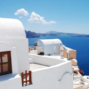 Hin- und Rückflüge nach Santorini ohne Zwischenstopp für unglaubliche 96€