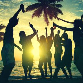 Besten Clubs und Bars auf der Partyinsel Ibiza