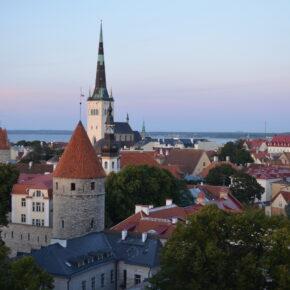 4 Tage Tallinn mit Flug, Top 4* Hotel & Frühstück ab 149 €