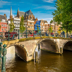 2 Tage Amsterdam im guten 4* Hotel inkl. Frühstück & Grachtenrundfahrt ab 39 €
