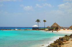 Traumurlaub: 9 Tage Curaçao mit gutem 3.5* Hotel, Flug & Transfer für 499€