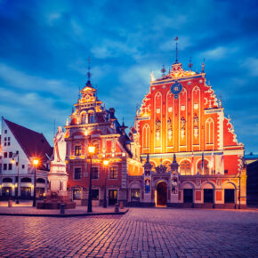 Kurztrip Riga: 3 Tage im TOP 4* Hotel inkl. Frühstück & Flug ab 145€