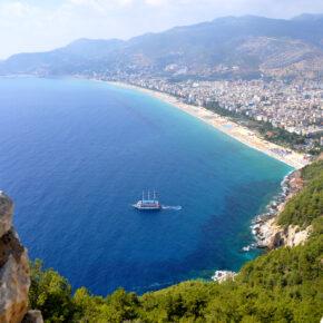 Türkei im Sommer: 5 Tage mit TOP 3* Hotel (95% HC), Flug & Transfer nur 121€