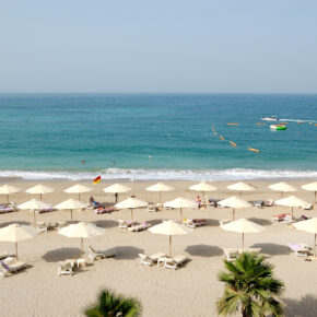 September: 13 Tage Luxus Urlaub in Dubai im 5*-Hotel mit Flug & Frühstück für 494€