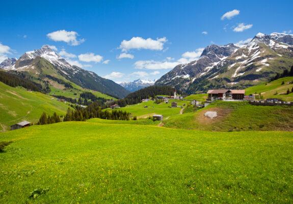 Wandern in den den Bergen im Algäu