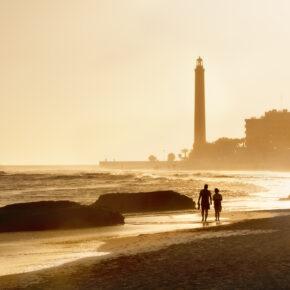 Ab an den Strand: 7 Tage im guten Hotel auf Gran Canaria mit Flug, Transfer & Zug nur 242€