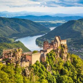 6 Tage 4.5* Donau-Flusskreuzfahrt ab Passau mit Vollpension, Wellness & Specials ab 339 €