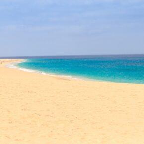 Lastminute Kap Verde in 4* Villa mit Flügen & Frühstück nur 371 €