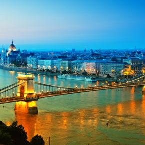 Wochenende: 3 Tage Budapest mit TOP Unterkunft & Flügen für 40€
