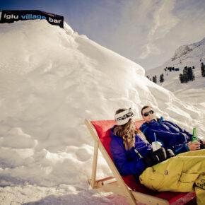 Iglu Village in Tirol: 2 Tage Winterabenteuer im Iglu mit Käsefondue & Frühstück für 99€