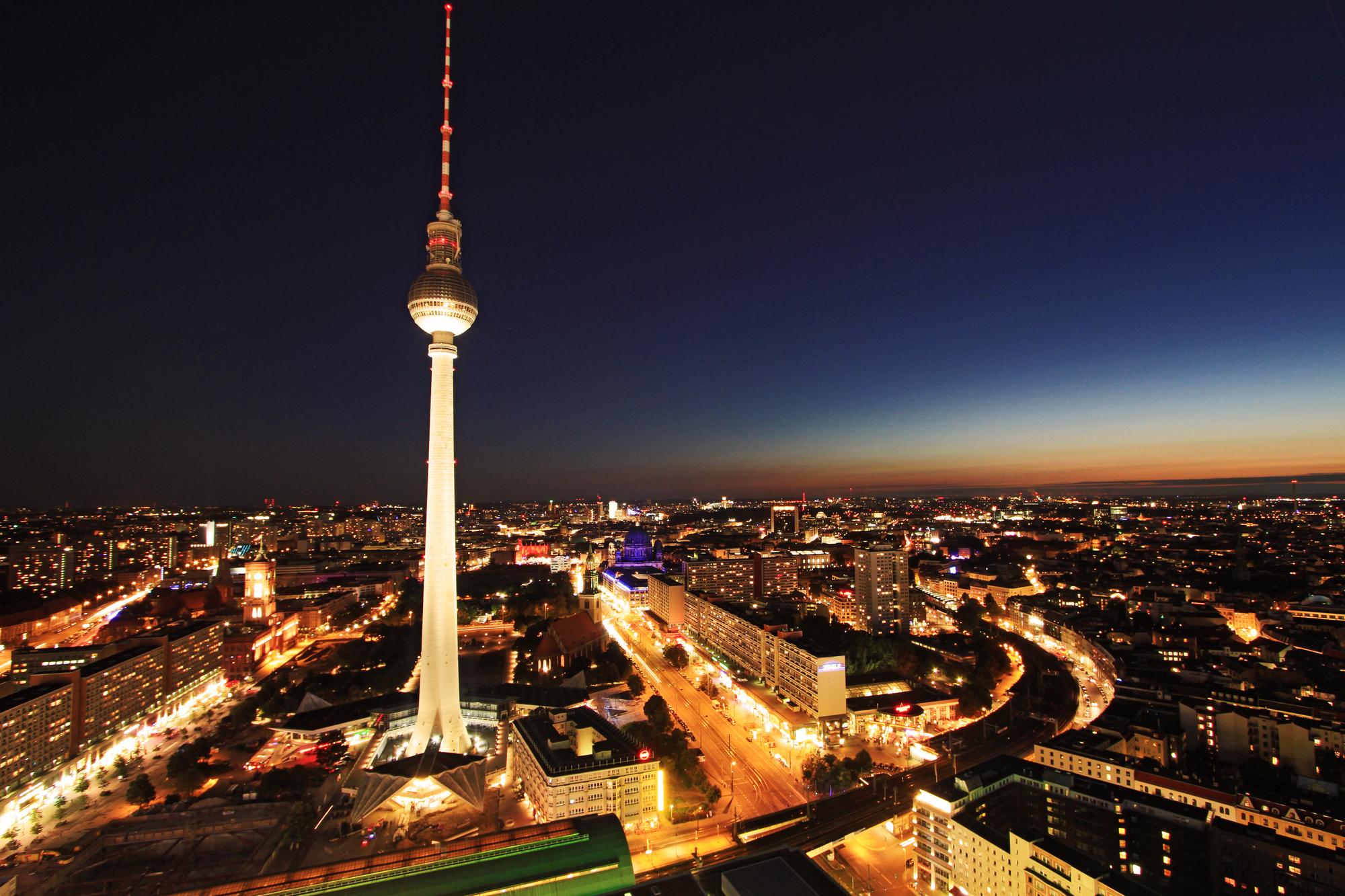 Cube lodges berlin gutschein f r 3 tage cube hotel 14 50 for Trendige hotels berlin