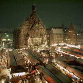 Christkindlmarkt Nürnberg bei Nacht
