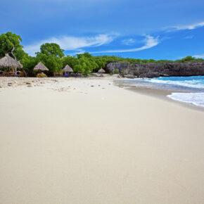 10 Tage Karibik: Hin- & Rückflüge nach Curaçao mit Gepäck nur 427€