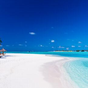 11 Tage auf den Malediven im TOP Hotel mit Privatstrand, Frühstück & Flug nur 654 €