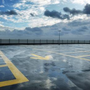 Parken am Flughafen – so stellt Ihr Euer Auto am günstigsten ab