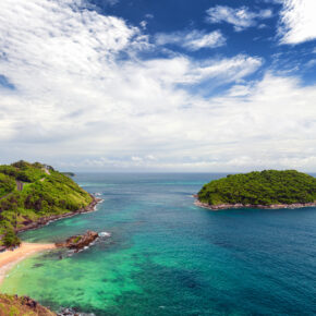 10 Tage Phuket im guten 4* Hotel mit Flug, Frühstück & Transfer ab 872€