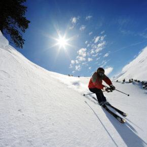 3 Tage Winterurlaub im 4* Alpenhotel Innsbruck inkl. Skipass ab 139 €