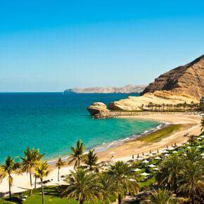Oman: 5 Tage Luxusurlaub im sehr guten 5* AWARD Hotel mit Flug, Frühstück & Transfer nur 439€