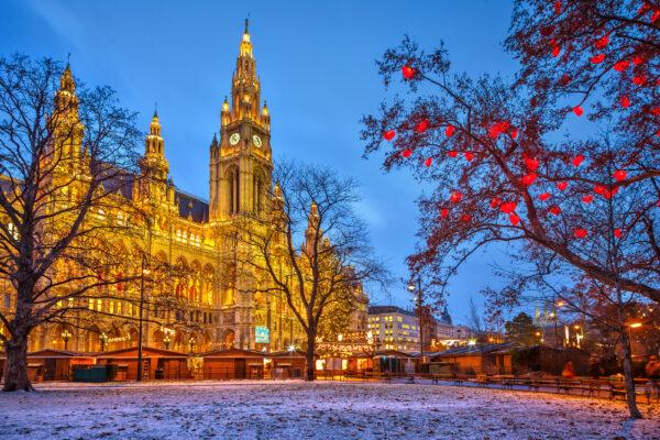 Wien Rathaus im Winter