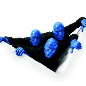 Blue Man Group: TOP 3* Hotel mit Frühstück & Show-Eintritt im BLUEMAX ab nur 109 €