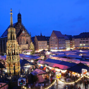 Advents-Kreuzfahrt: 3 Tage Weihnachtsmarkt-Hopping mit Vollpension im 4* Schiff ab 119€
