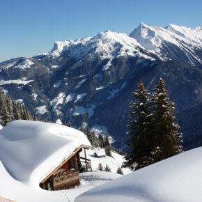 4 Tage Skiurlaub in Trentino im 3* Hotel inkl. Halbpension, Skipass & Wellness ab 139€
