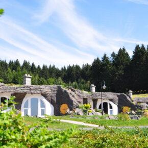Langes Wochenende im Auenland: 4 Tage wohnen wie ein Hobbit im Erdhaus in Eisfeld mit Frühstück für 126€