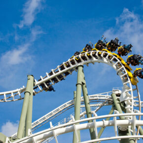 Heide Park: 2 Tage im 4* Abenteuerhotel mit Tageskarte, Frühstück & Extras ab 59€