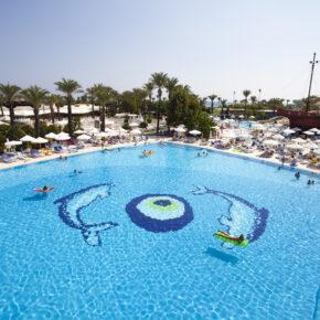 Titanic Beach Lara Pool