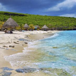 Karibik: 9 Tage Curaçao im guten 3* Hotel inkl. Flug & Gepäck nur 449€