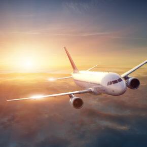 Die besten Tipps für Langstreckenflüge - So übersteht Ihr jeden Flug!