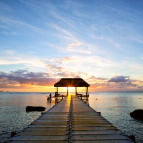 Lastminute: 12 Tage Mauritius im guten 3* Hotel mit Lufthansa-Flug für 465€