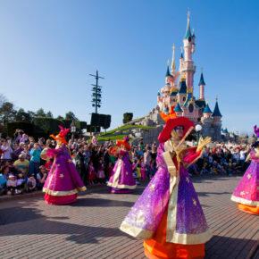 Disneyland® Paris: Tageseintritt & Übernachtung im 4* Hotel inkl. Frühstück ab 99€