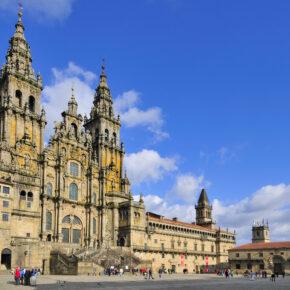 Kurztrip Santiago de Compostela: 4 Tage im 3* Hotel mit Flügen für nur 73 €
