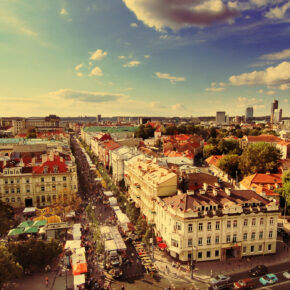 3 Nächte buchen – nur 2 bezahlen: Wochenendtrip nach Vilnius mit Flug & 3* Hotel ab nur 55€