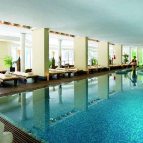 Arabella Pool
