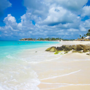 Frühbucher Aruba: 9 Tage Karibik-Urlaub inkl. Apartment, Flug & Transfer nur 599€