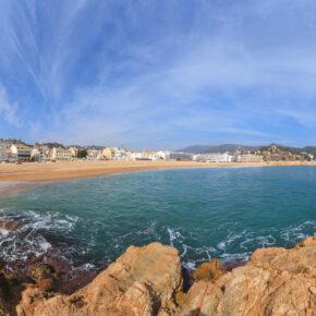 Costa Brava: 1 Woche Spanien im 4* Hotel inkl. HP & Transfer für 249€