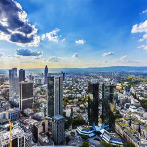 Wochenende in Frankfurt: 2 Tage im stylischen TOP 4* Hotel mit Frühstück nur 44€